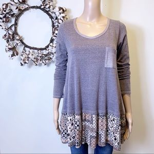 Easel Tiered Hem Tunic Top